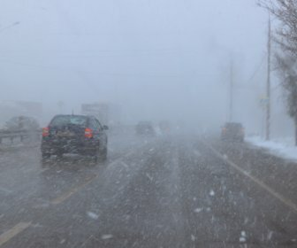 ГО и ЧС: сильный туман и гололед прогнозируют в Ростове до конца дня