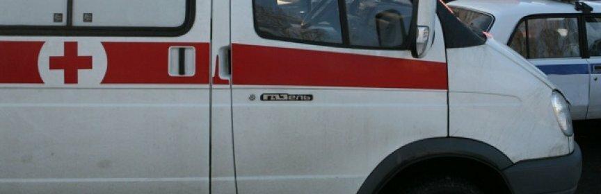 От сердечного приступа астраханец упал с крыши на забор и умер