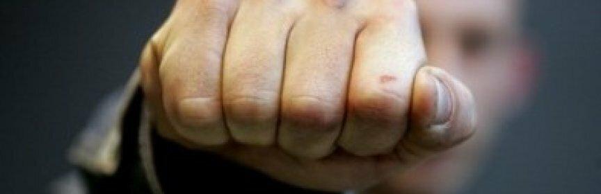 Ударом кулака в голову ставрополец убил знакомого за советы о жене