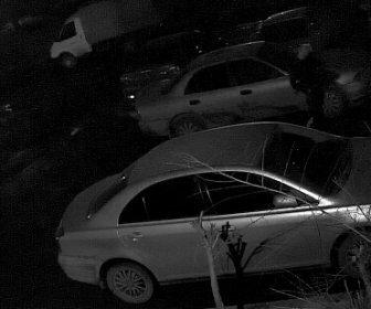 В Новокузнецке подростки-вандалы повредили несколько автомобилей